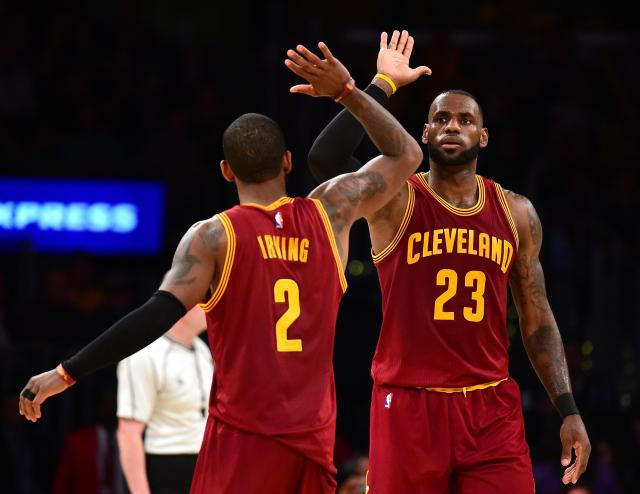 Lebron Džejms i Kiri Irving (Foto: Getty Images)